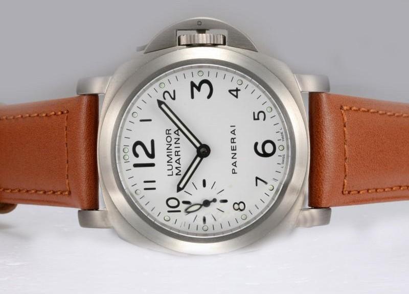 Panerai hodinek